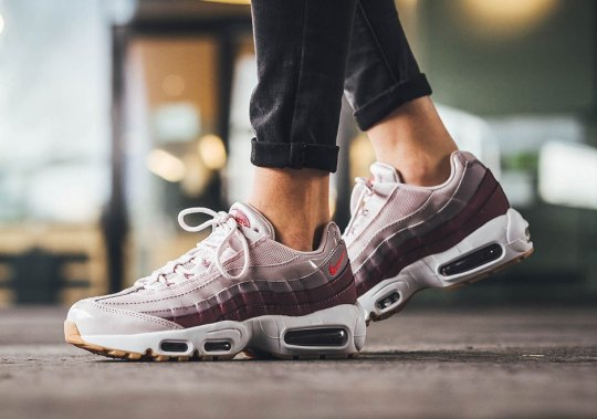 A New Nike Air Max 95 For Women Pairs Barely Rose With Hot Punch
