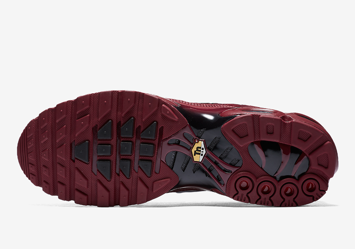 Nike Air Max Plus Quot Team Red Quot Coming Soon 852630 602
