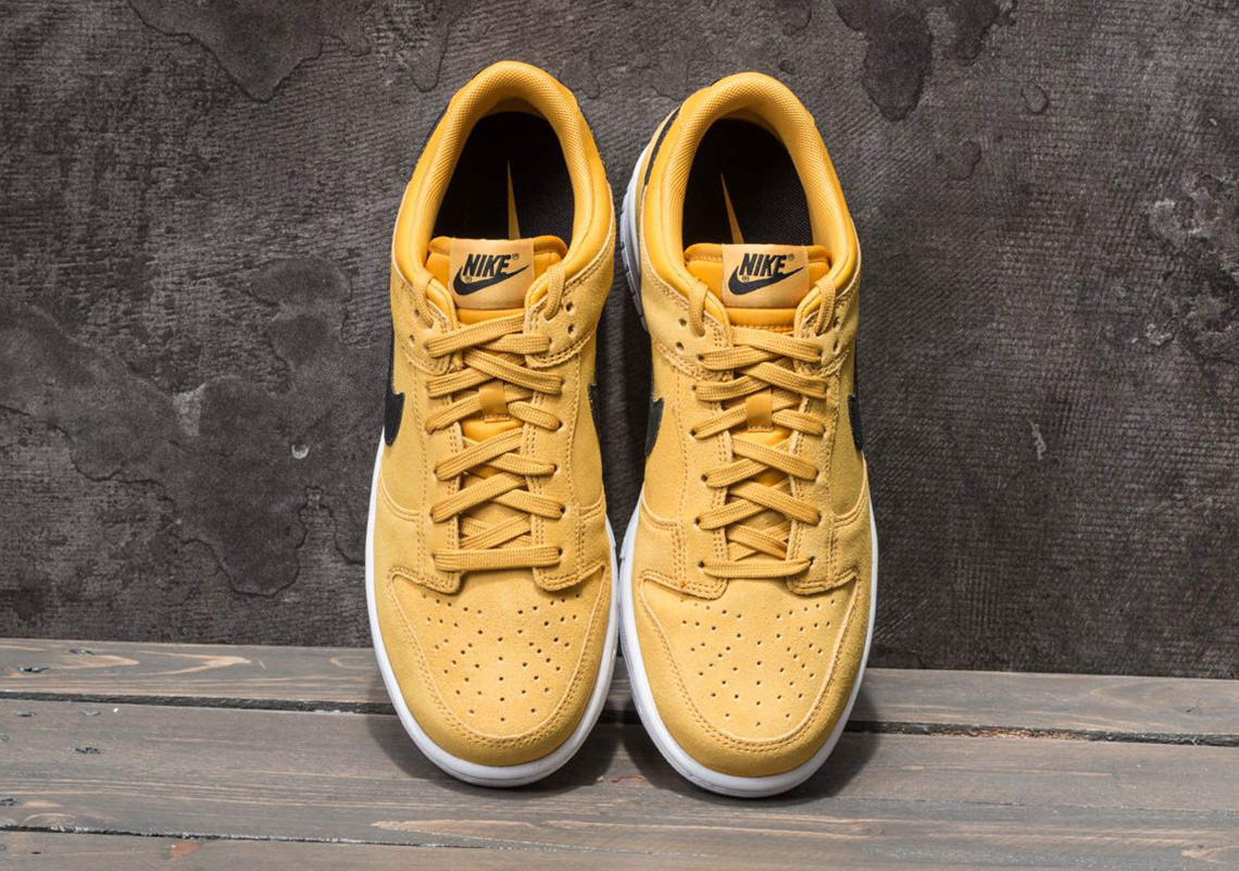Nike Dunk Low AVAILABLE FROM FootShop €100. Color  TERRA ORANGE BLACK-WHITE  Style Code  904234-800 208c293c8