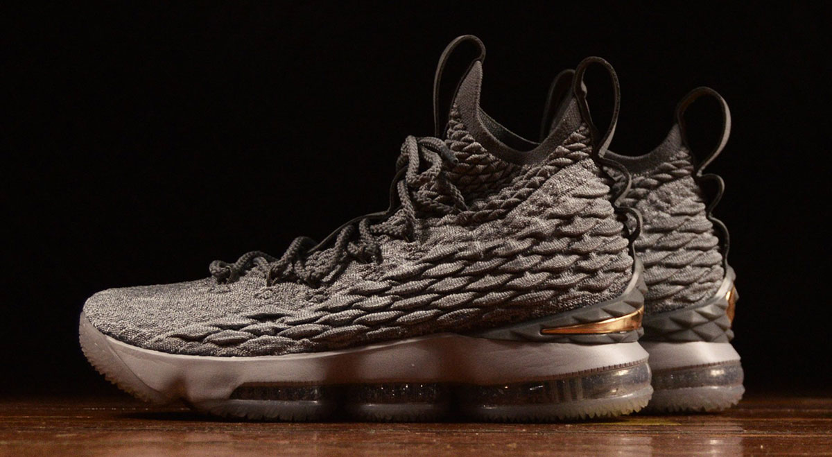 "Nike LeBron 15 ""City Series"" Releases On December 26th"