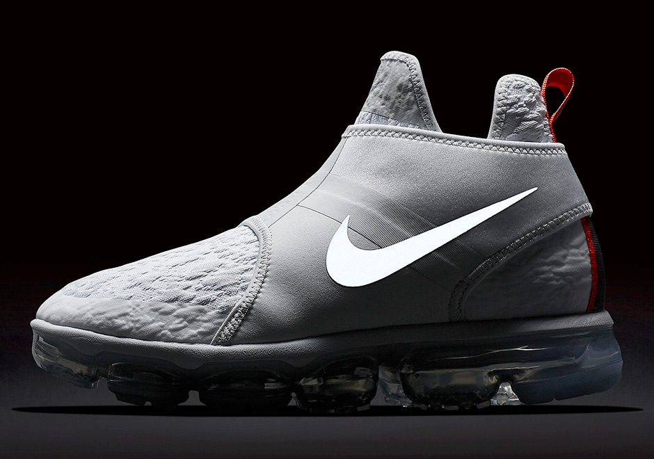Detailed Look At The Nike Vapormax Chukka Slip In Two Colorways