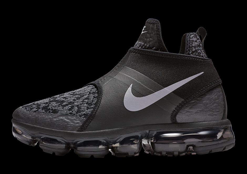 ac1b16994c9 Nike Vapormax Chukka Slip Black and White Detailed Photos + Release ...