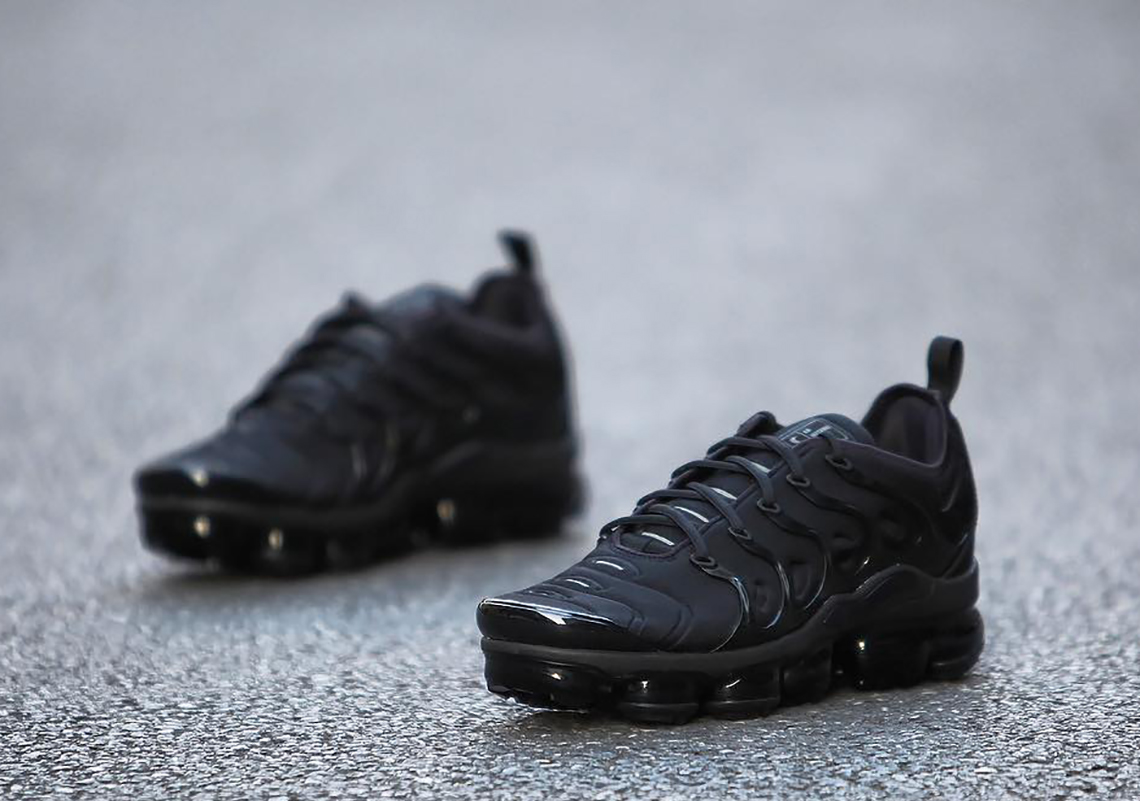 "132e06db80d Nike VaporMax Plus ""Triple Black"" Global Release Date  January 25th"