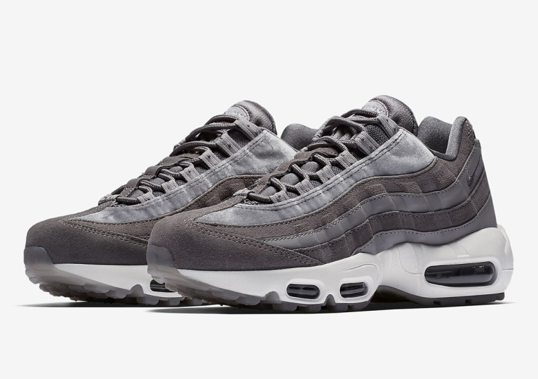 "Nike WMNS Air Max 95 ""Gunsmoke"" Releases In January + Photos ... 74efb989f83c"