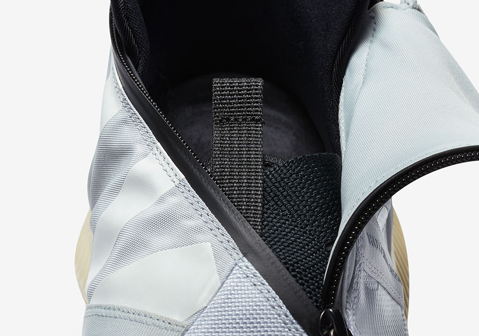 check out dcd99 7066f NikeLab Gyakusou NSW Gaiter Boot Release Date + Photos   SneakerNews.com