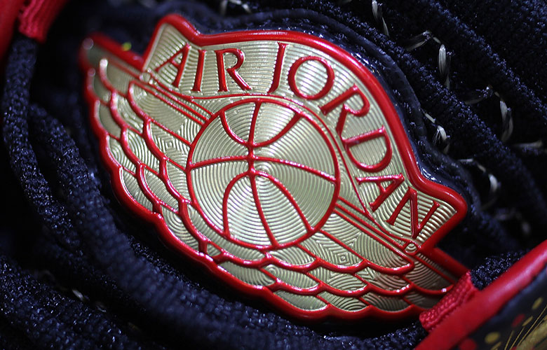 "f4578d351c644a Detailed Look At The Air Jordan 32 ""Chinese New Year"""