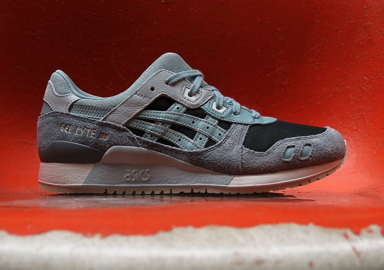 "ASICS Launches The GEL-Lyte III In ""Blue Surf"""
