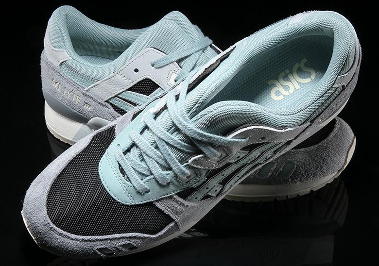 ASICS GEL-Lyte III  120. Color  Black Blue Surf Style Code  H820L.9046 830f5d44b1e5