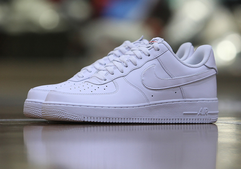 air force 1 velcro swoosh