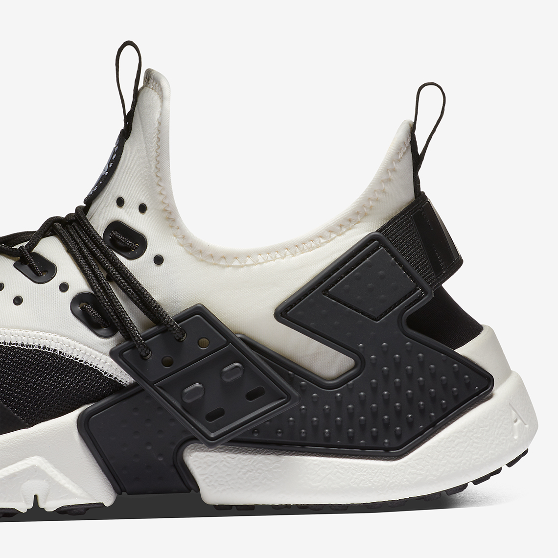 2873ad4c5e9bc Nike Air Huarache Drift Customizable