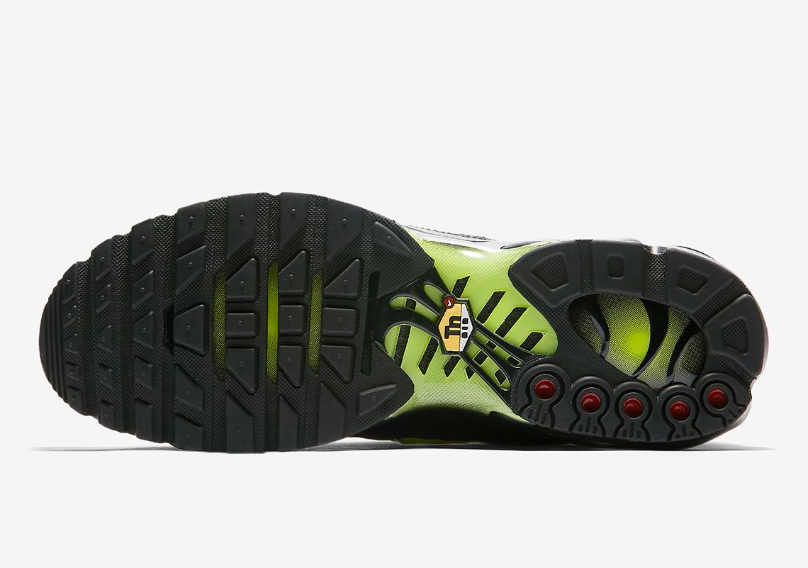 new arrival 33b86 c5254 Nike Air Max Plus