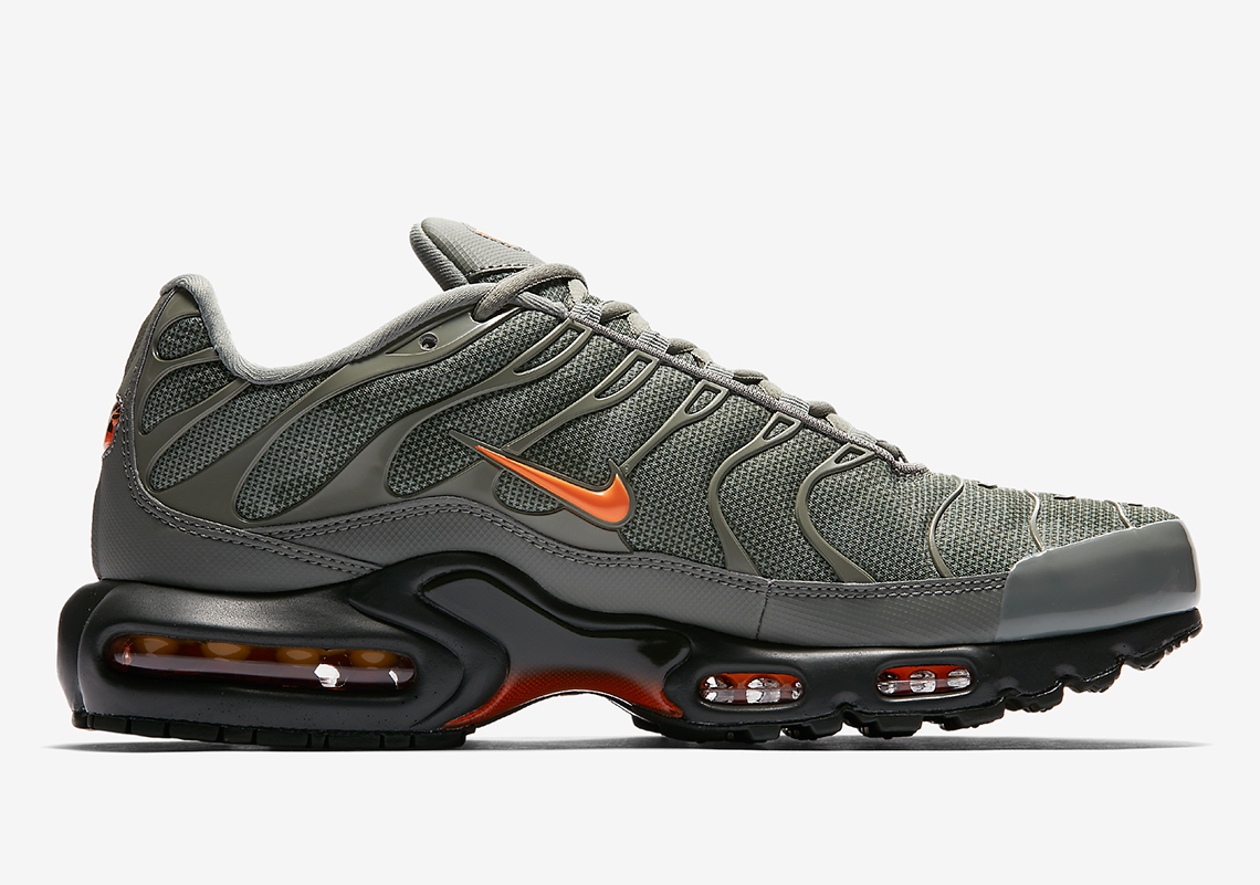 nike tn air max plus grey and orange