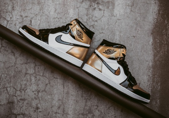"Best Look Yet At The Air Jordan 1 Retro High OG ""Gold Toe"""