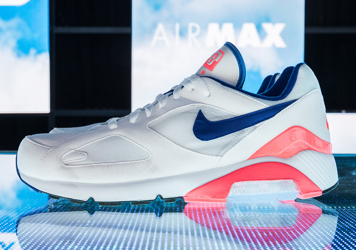 Nike Air Max 270 Strisce Rosa E Bianche YsZelYmb