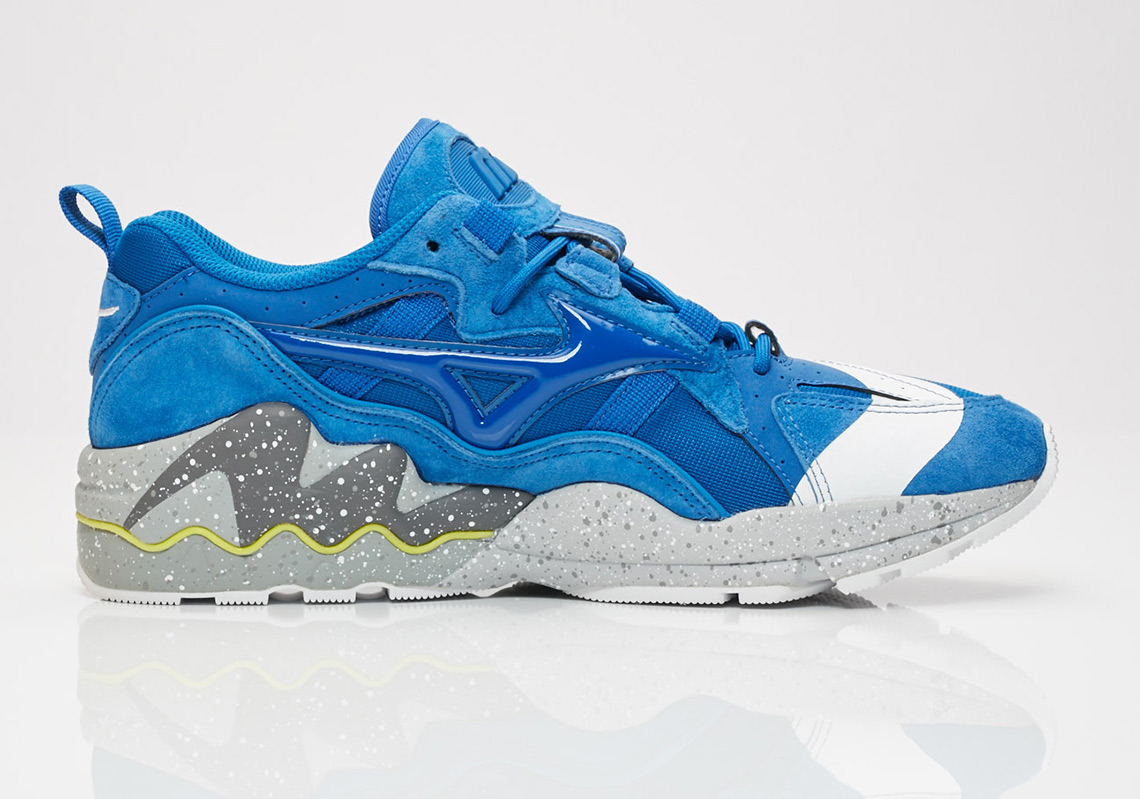 The mita sneakers x Mizuno Wave Rider Is Dropping This Weekend