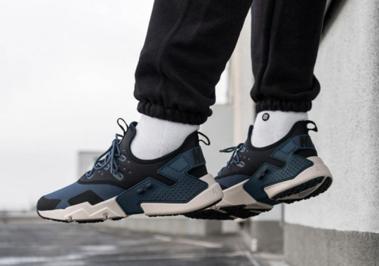 "Nike Air Huarache Drift ""Thunder Blue"""