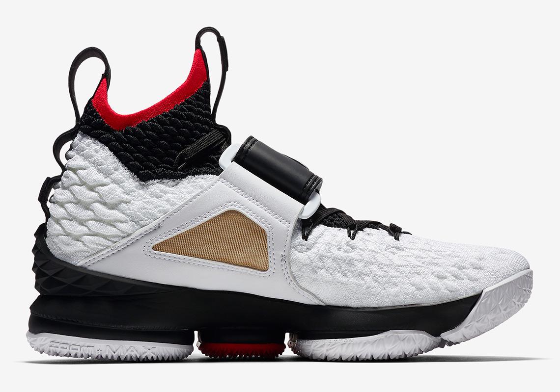 uk availability 7531a c88d6 Nike Deion Sanders Diamond Turf LeBron 15 Shoes ...