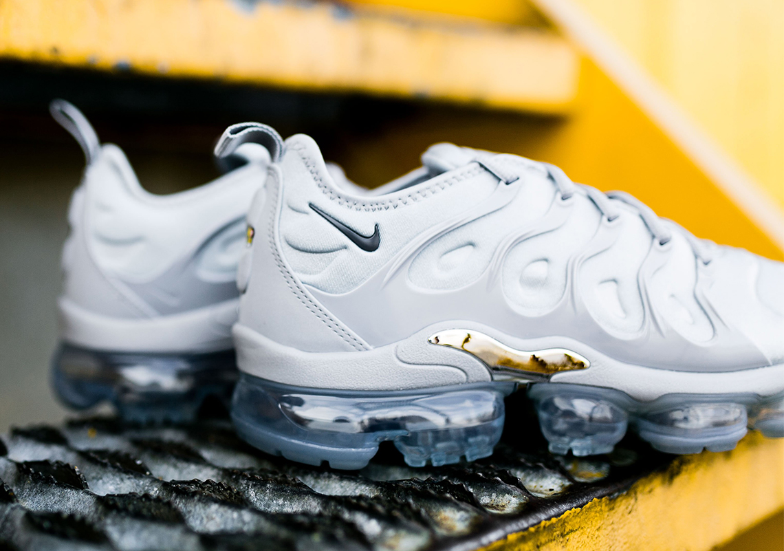 ca9ec1ee719ec Nike Vapormax Plus Wolf Grey Available Now