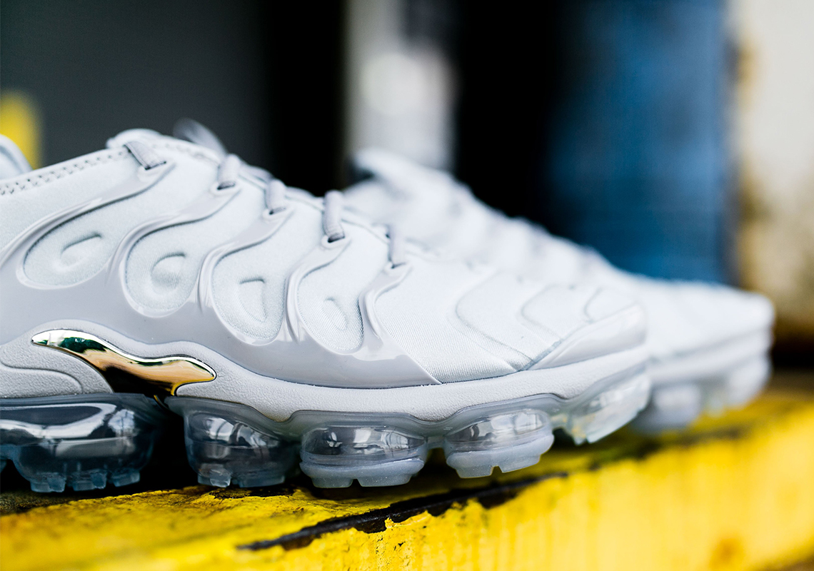 2018 Nike VaporMax Plus Wolf Grey For Sale