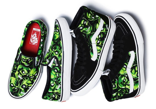 """The Supreme x Vans """"Skull Pile"""" Glow In The Dark Collection Releases Tomorrow"""
