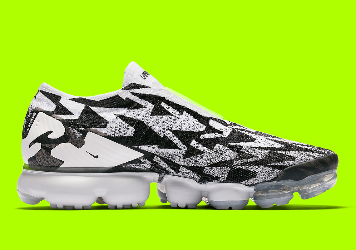 hot sale online bad04 fed57 ACRONYM x Nike Vapormax Moc Release Date March 24th, 2018. SNKRS Release  Date March 26th, 2018. Color Light BoneLight Bone-Black