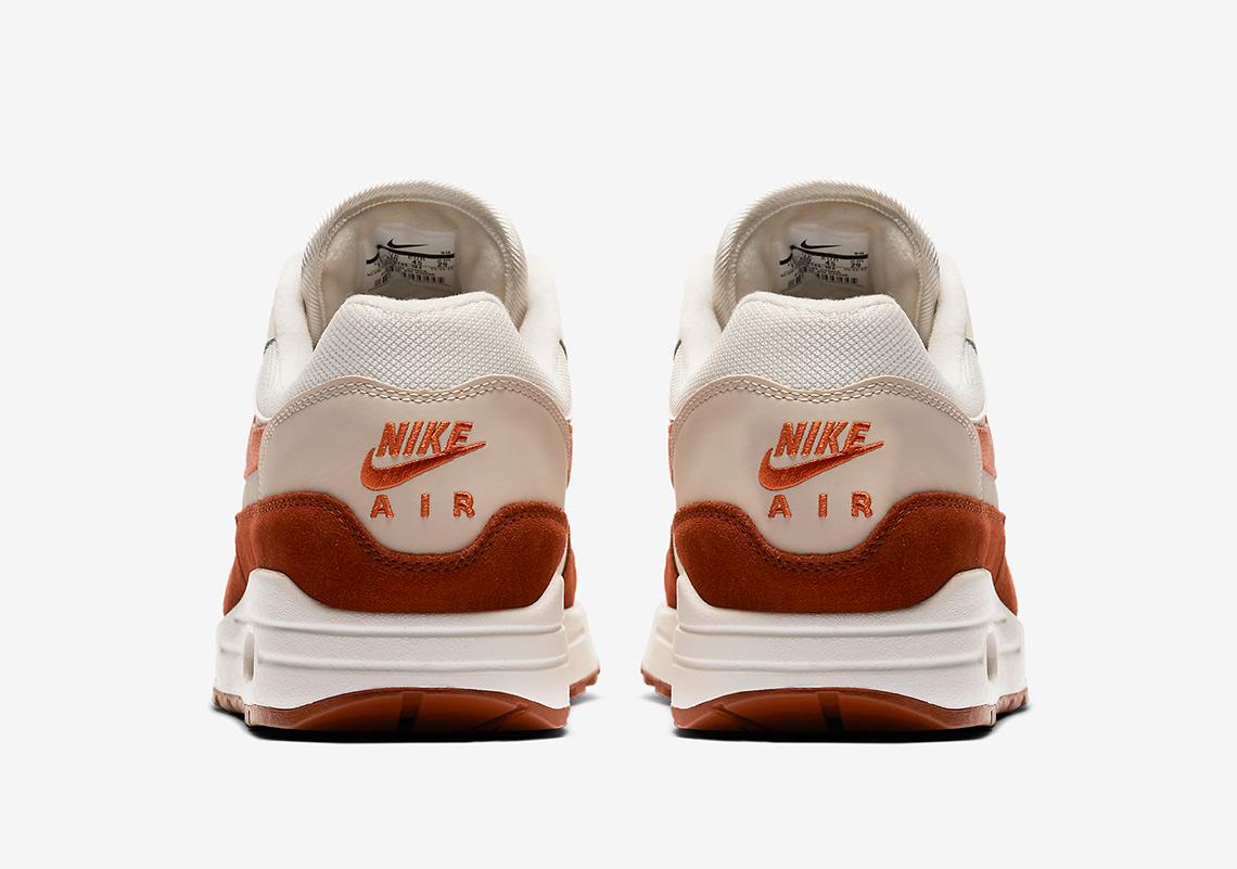low priced b8fc0 a9bd7 Nike Air Max 1