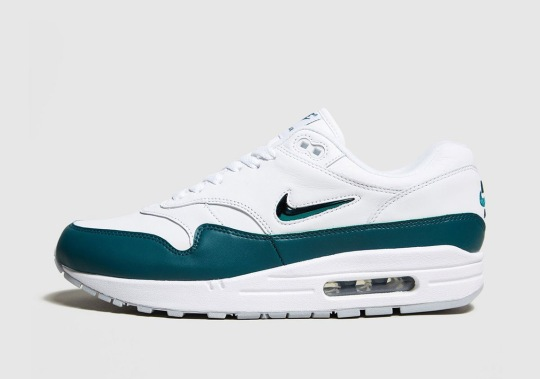 "Nike Adds ""Atomic Teal"" To The Air Max 1 Jewel"