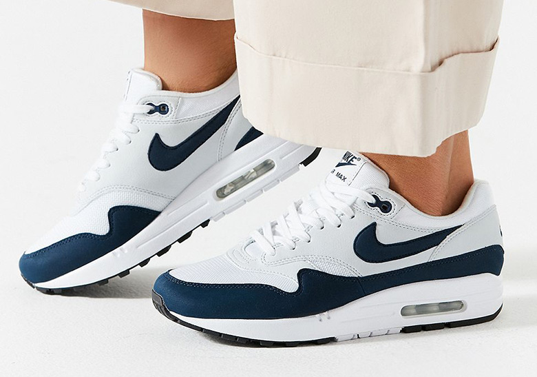 cheap for discount 36d6d 2305b Nike Air Max 1 Navy 319986-104 Release Date   SneakerNews.com
