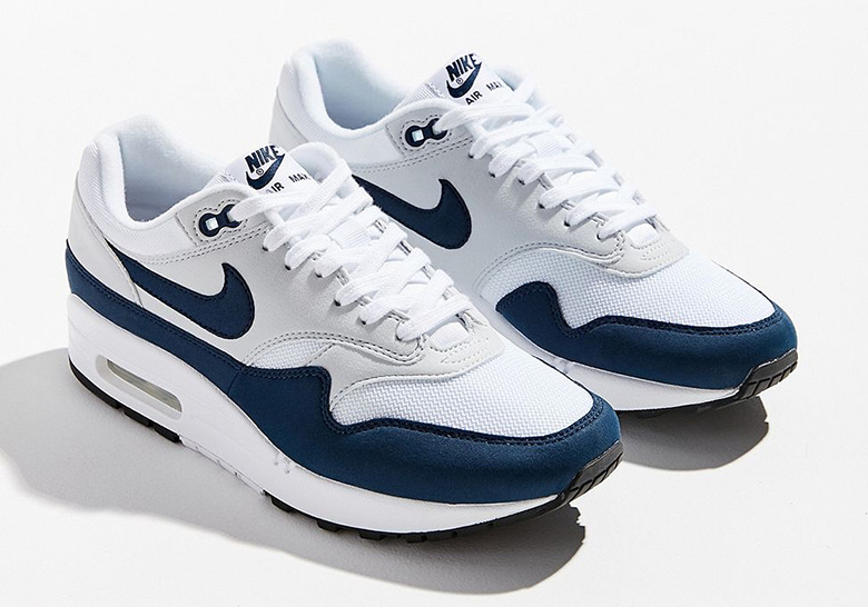cheap for discount c4197 914f9 Nike Air Max 1 Navy 319986-104 Release Date   SneakerNews.com