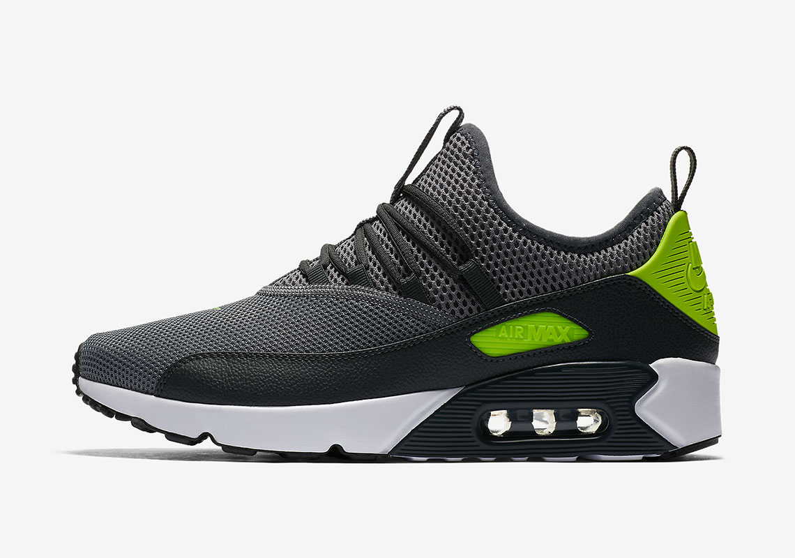 Nike Creates An Easy Slip-On Air Max 90 EZ  e69d46f5d