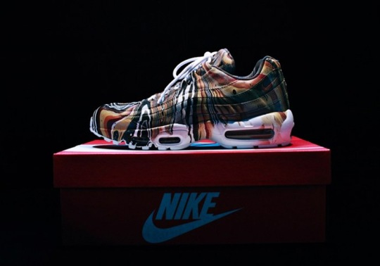 Nike Japan Is Letting You Marble Dip-Dye Your Favorite Air Maxes