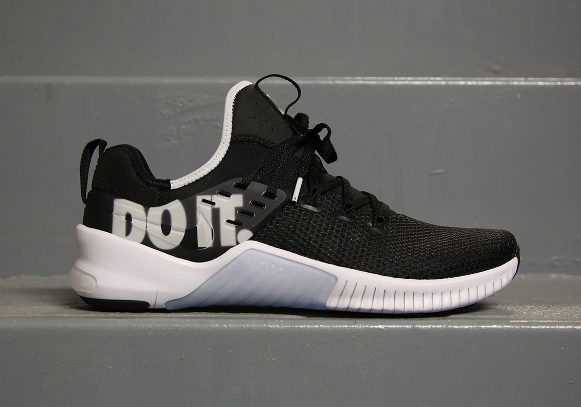 ... Nike Free x Metcon for any and all exercises, from burpees and handstand pushups to both long and short distance runs. The Swoosh Brand's newest ...