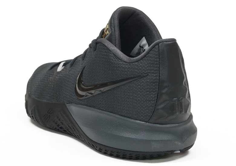Nike Kyrie Flytrap New Colors Release Info  3a45aa3dc