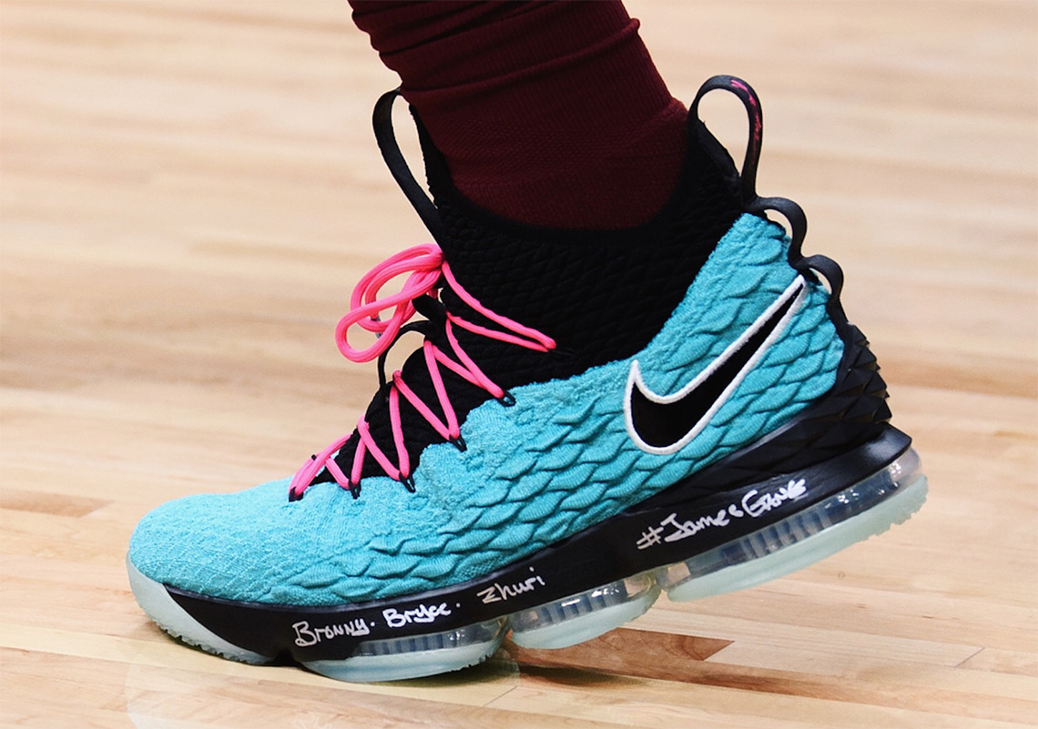 "6ec57689b36f LeBron James Wears Nike LeBron 15 ""South Beach"""