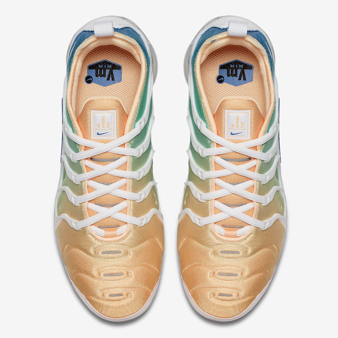 superior quality 2a4d3 76d6b Nike Vapormax Plus Women's AO4550-100 | SneakerNews.Com