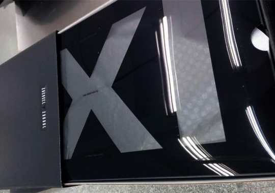 "Air Jordan 11 ""Prom Night"" Packaging"