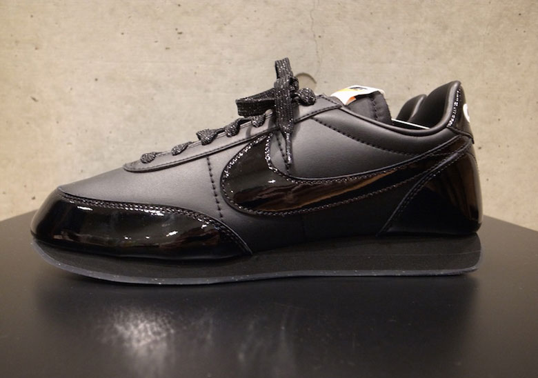 01ec9c196a7ba COMME des Garcons x Nike Night Track Release Info