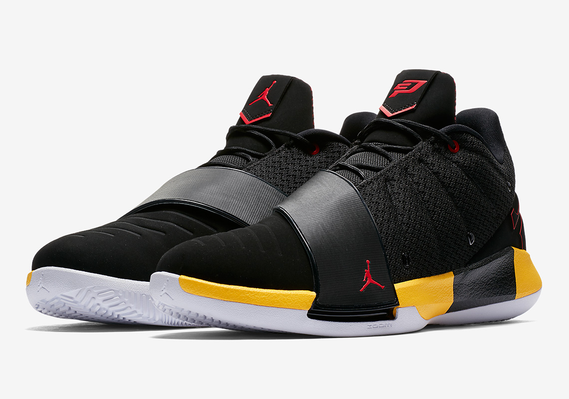 "2a355cd3a4b0b9 Chris Paul s Jordan CP3.XI Appears In ""Away"" Colors"