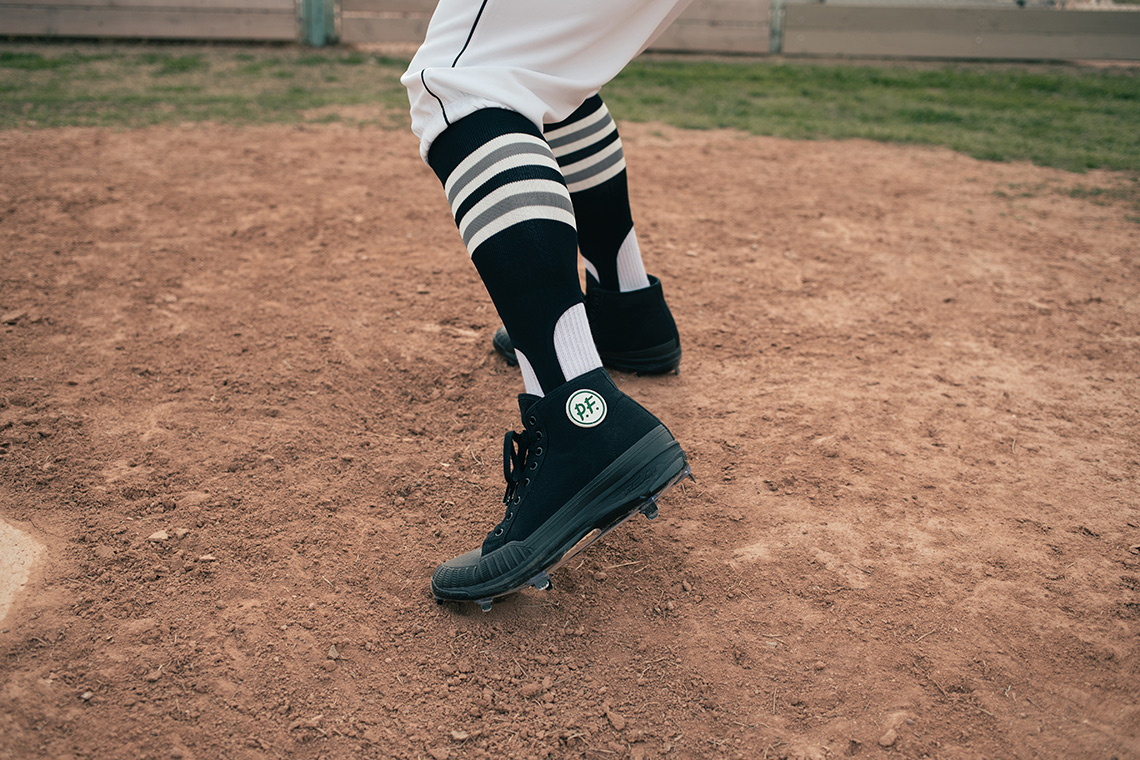 new balance pf flyers cleats