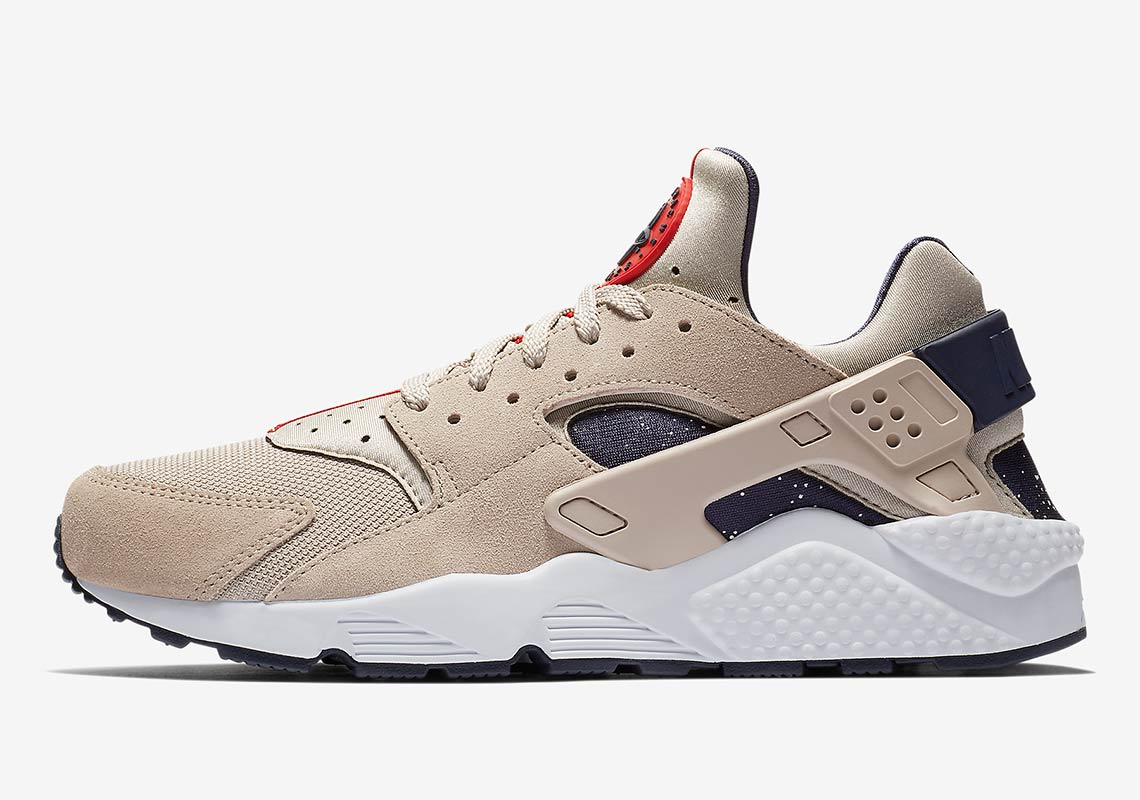 best service 0ae28 fe12f Nike Air Huarache AVAILABLE AT NIKE 120. Color Moon  ParticleWhiteNeutral IndigoNeutral Indigo