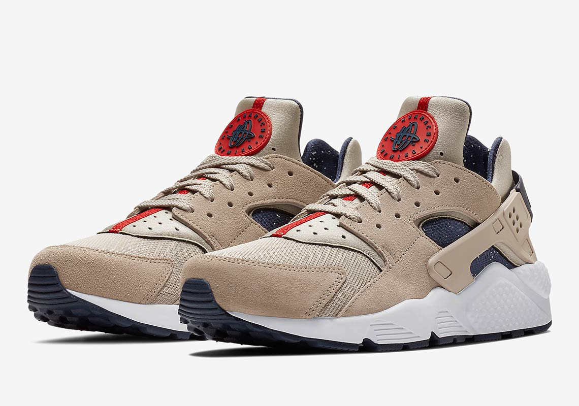 Nike Air Huarache AVAILABLE AT NIKE 120. Color Moon  ParticleWhiteNeutral IndigoNeutral Indigo
