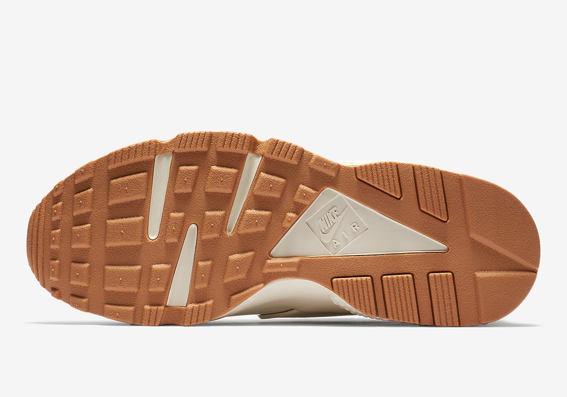 6f02dedaae589 Nike