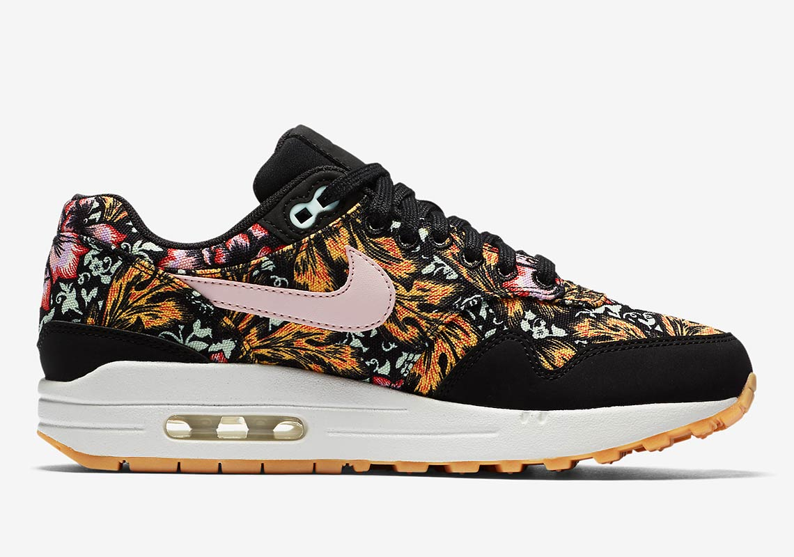 huge discount 68208 0da98 Nike Air Max 1 Wmns QS Release Date April 20, 2018. Color BlackSilt  Red-Summit-White-Gum Yellow