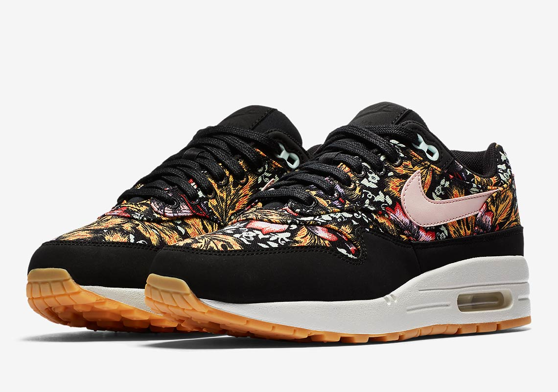 hot sale online ccf72 41f4c Nike Air Max 1 Wmns QS Release Date  April 20, 2018. Color  Black Silt Red-Summit-White-Gum  Yellow Style Code  633737-003