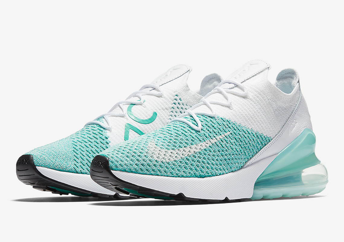 check out b1034 d3a09 Nike Air Max 270 Flyknit