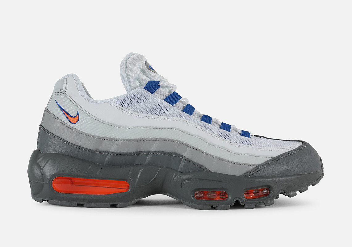 nike air max 95s subtle rainbow effect
