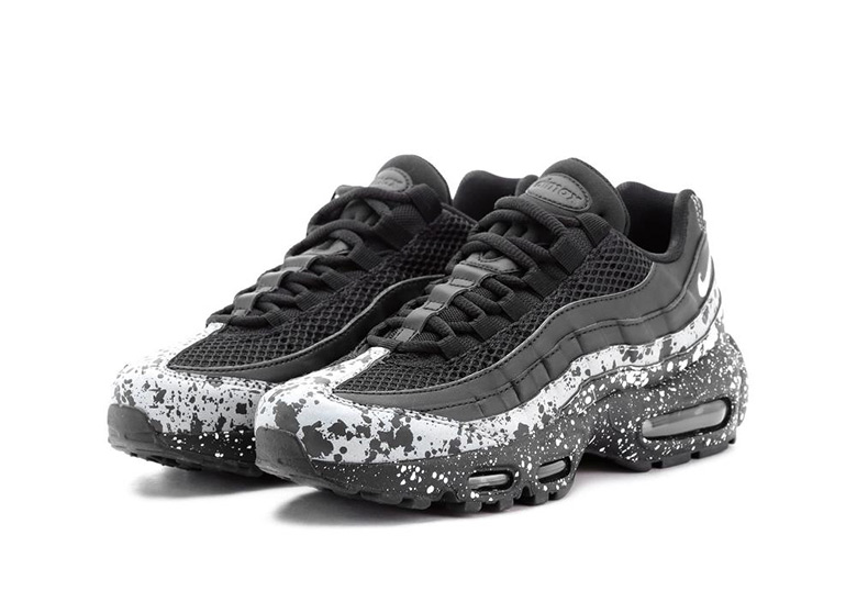 Nike Air Max 95. Release Date: April 12, 2018. AVAILABLE AT BSTN €170. Color: Black/Black-White