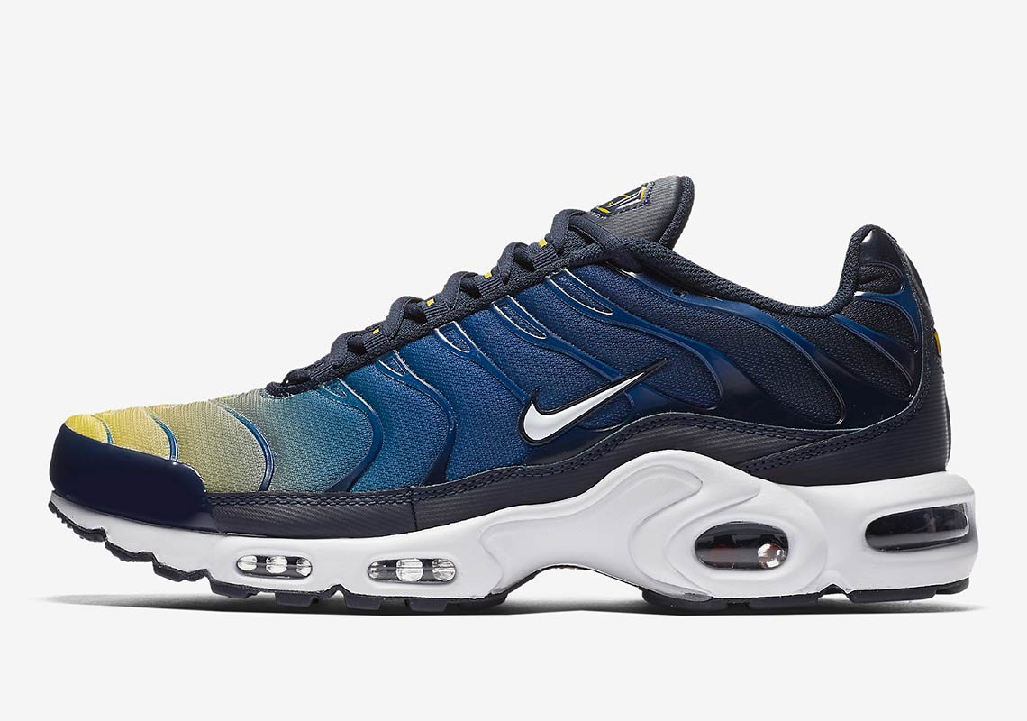 Nike Air Max Plus AVAILABLE AT Nike EU £134.95. Color  Obsidian Gym  Blue Lemon Wash White 6bddb0d58