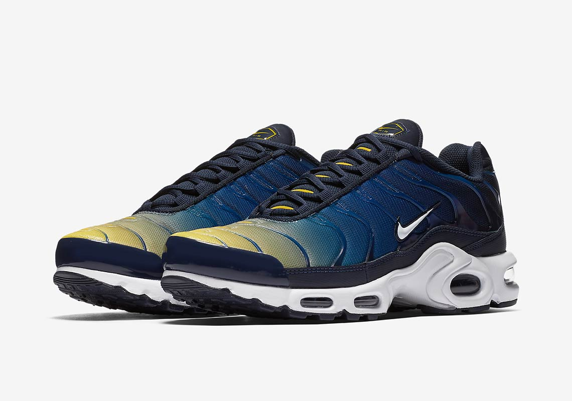 low priced 9a0b0 03981 Nike Air Max Plus Gradient Pack Available Now 852630-407 ...