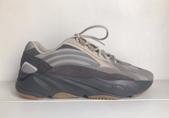 Kanye West Reveals New Yeezy 700 V2 Colorway